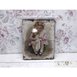 Blechschild mit kleinen Mädchen und Puppe Vintage Landhaus