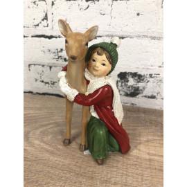 Deko Figur Winterkind mit Reh Kind Skulptur weihnachtlich
