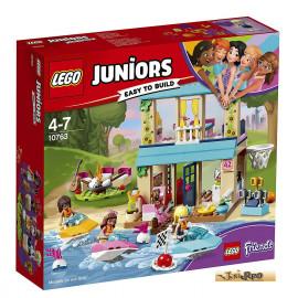 Lego Juniors Stephanies Hütte am See